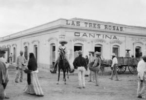Cantina en Mazatlan, Sin. 1900. De Eduardo Cardenas ArtGallery en Imagenes historicas de Guadalajara.